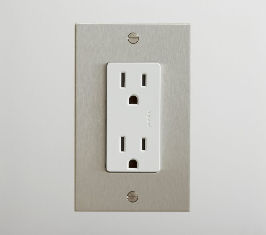 Outlet in Stainless Steel