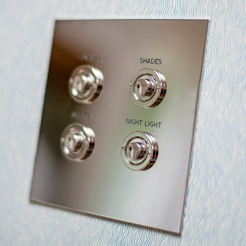 Push Button in Nickel